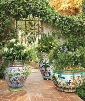 Creative garden potting ideas 28