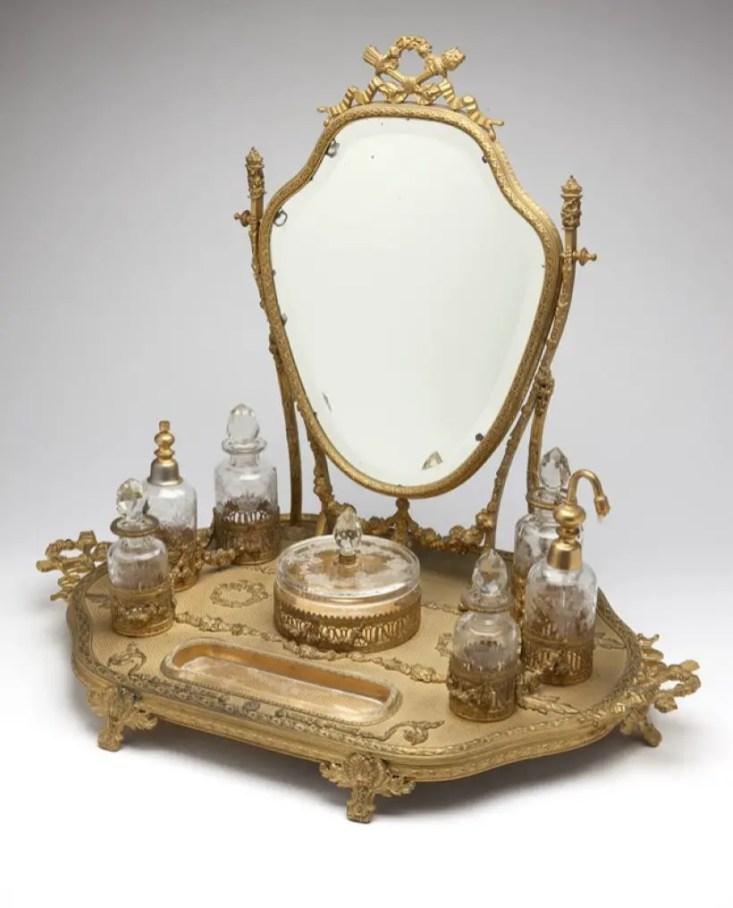 Easy diy footed vanity tray 14