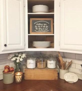 Fabulous small kitchen ideas with farmhouse style 24
