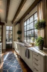 Fabulous small kitchen ideas with farmhouse style 31