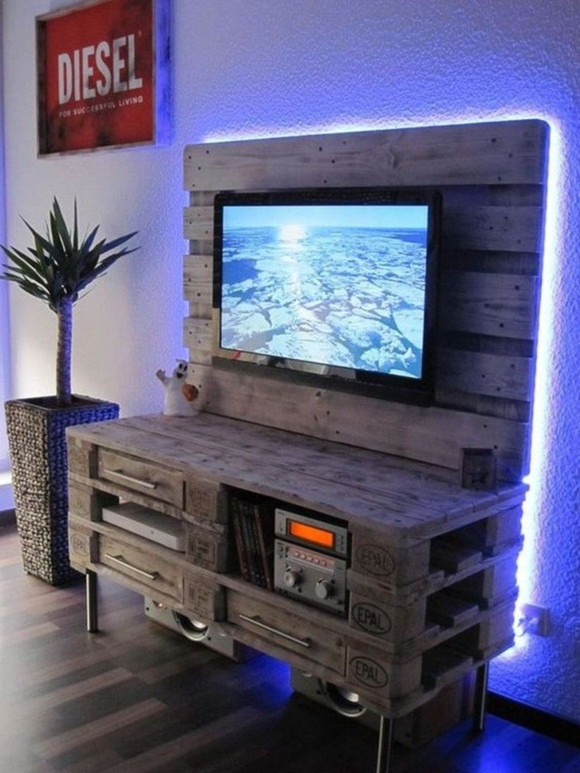Furniture pallet projects you can diy for your home 12