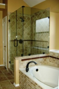 Half wall shower for your small bathroom design ideas 01