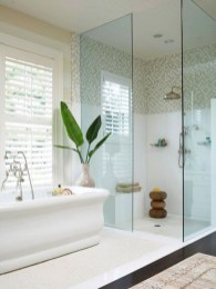 Half wall shower for your small bathroom design ideas 23