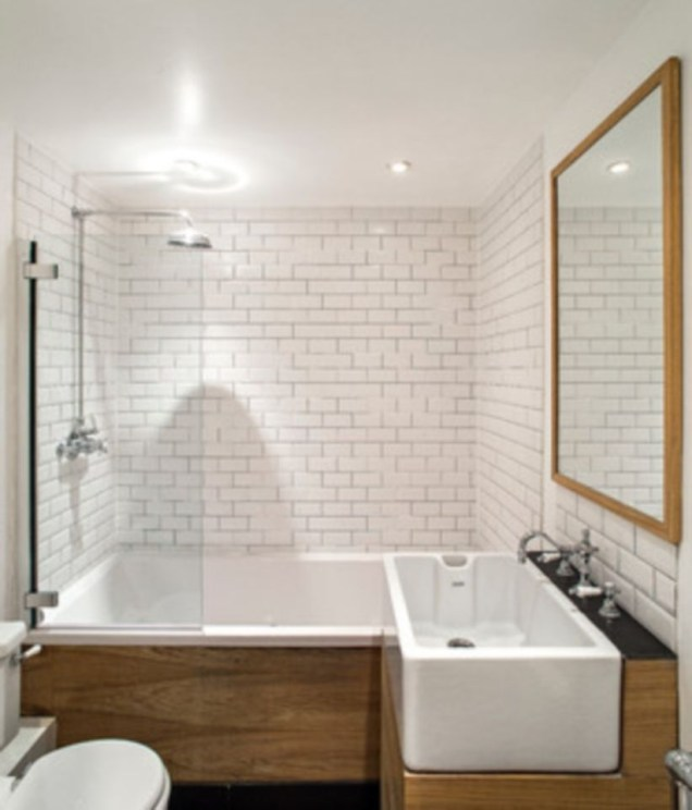 Half wall shower for your small bathroom design ideas 38