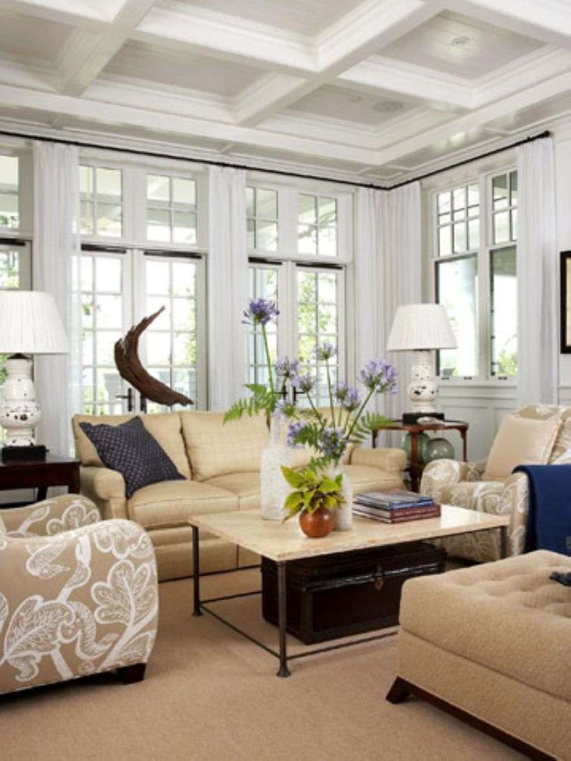 High ceilings accent wall with traditional and classic look 34