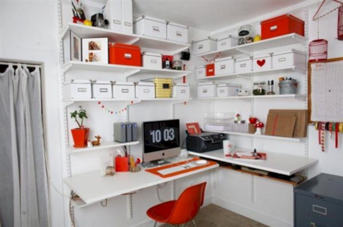 Neat and clean minimalist workspace design ideas for your home 20