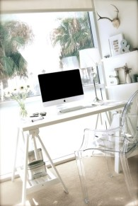 Neat and clean minimalist workspace design ideas for your home 37