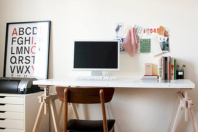 Neat and clean minimalist workspace design ideas for your home 38