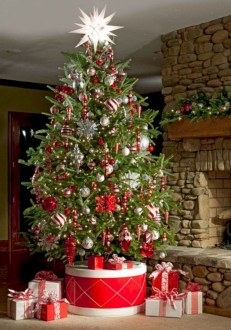Non-traditional christmas tree to give to your home 13