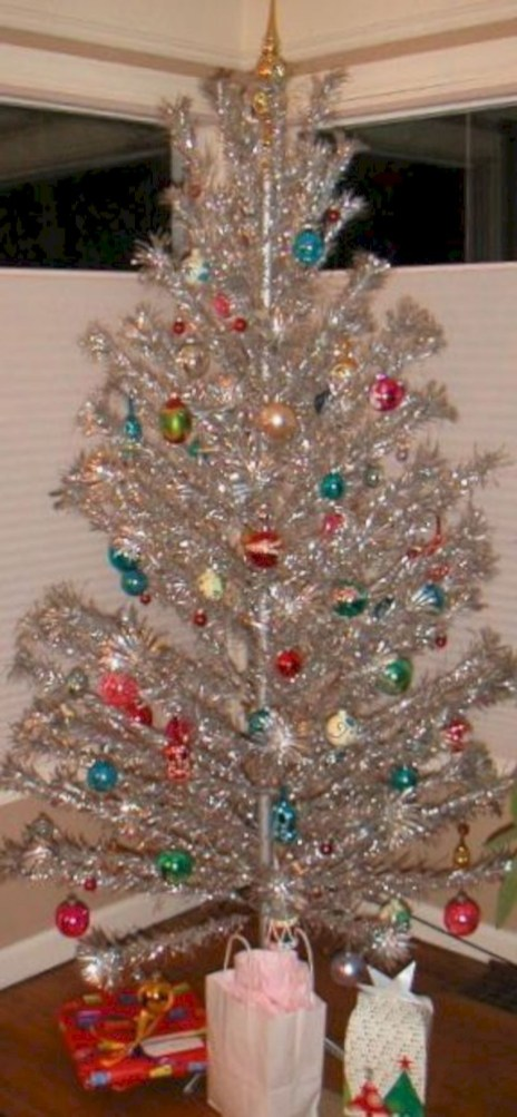 Non-traditional christmas tree to give to your home 33