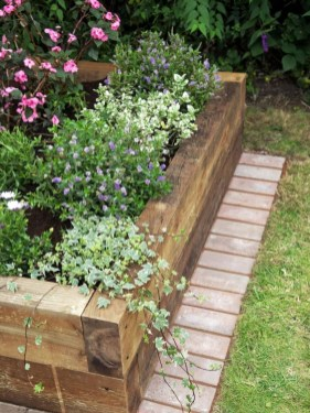 Outdoor garden decor landscaping flower beds ideas 02