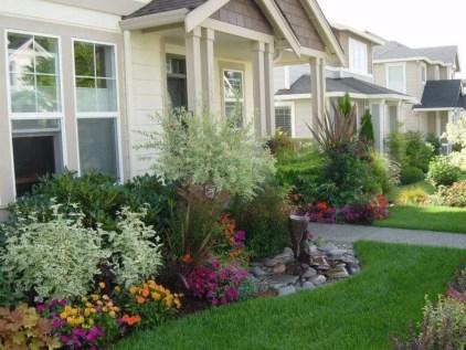 Outdoor garden decor landscaping flower beds ideas 19