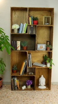 Pieces to create a stylish bookcase instantly 17