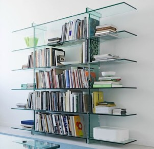 Pieces to create a stylish bookcase instantly 32