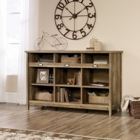 Pieces to create a stylish bookcase instantly 37