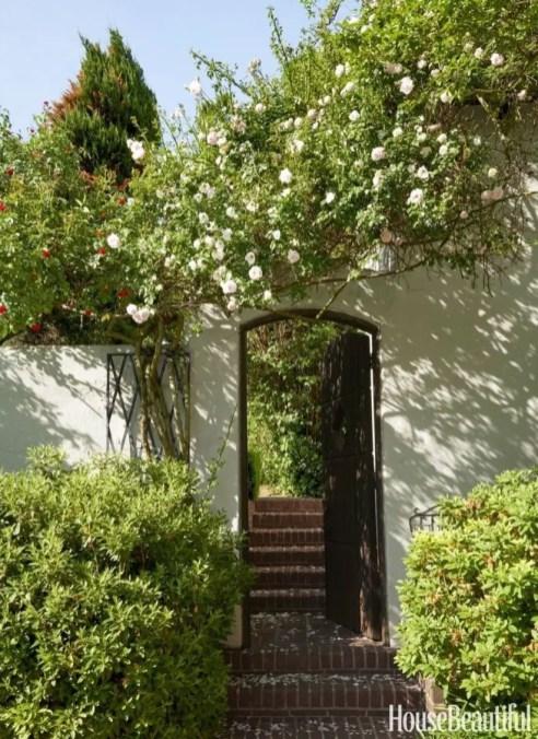 Shabby chic and bohemian garden ideas 13