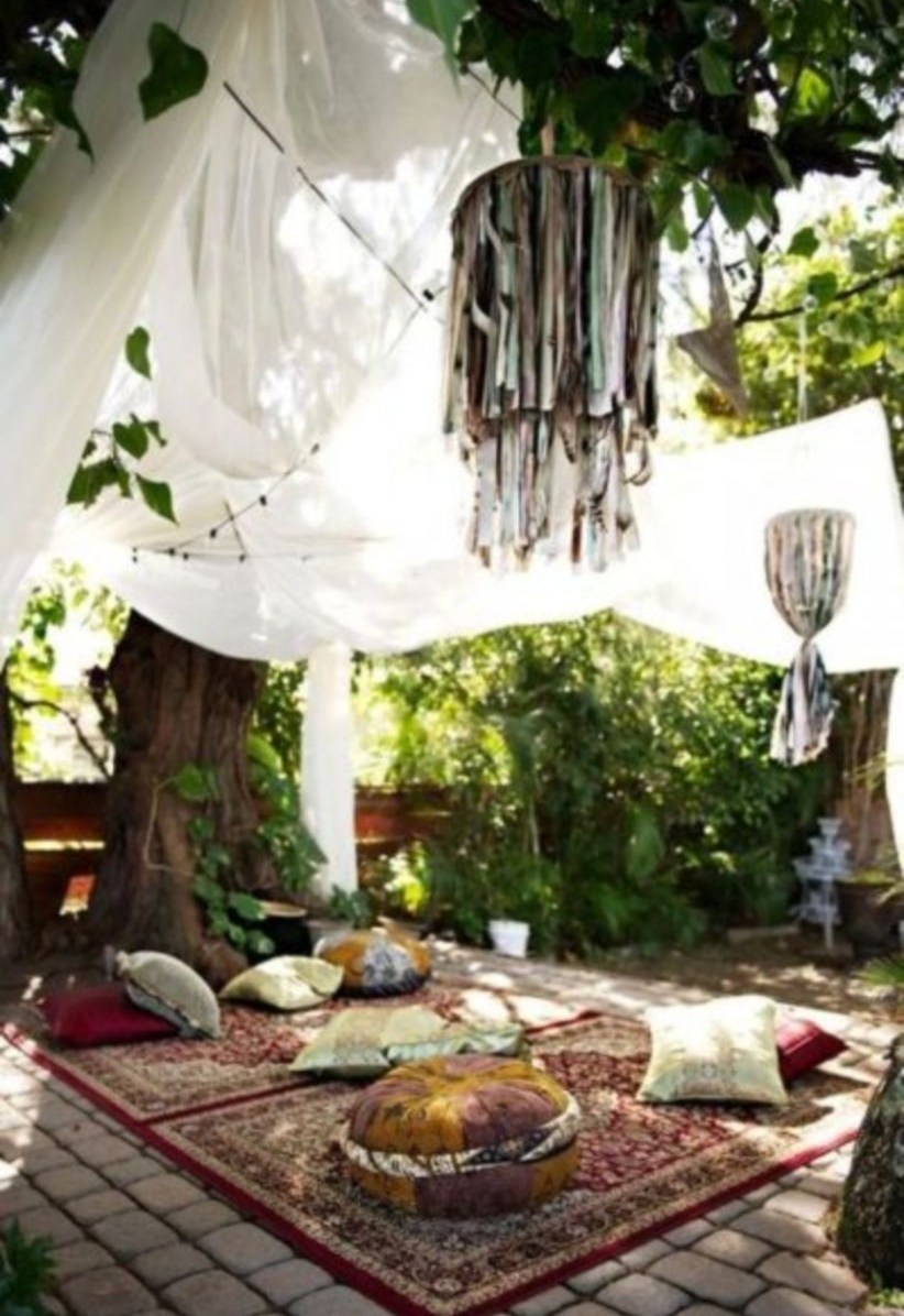 Shabby chic and bohemian garden ideas 21