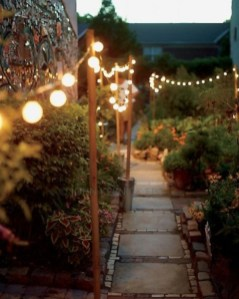 Shabby chic and bohemian garden ideas 31