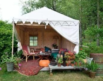 Shabby chic and bohemian garden ideas 35