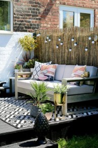Shabby chic and bohemian garden ideas 37