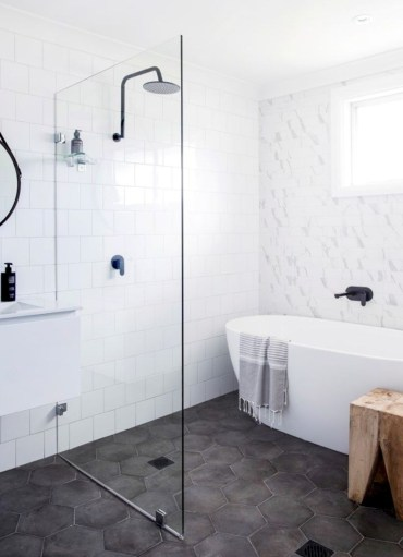 Stand up shower design ideas to copy right now 35