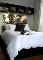 Stunning bookshelves ideas for bedroom decoration 21