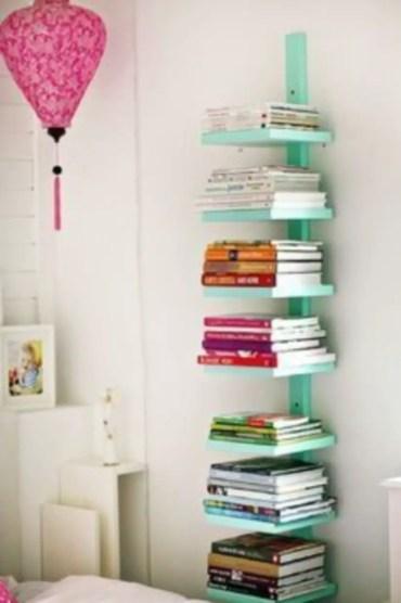 Stunning bookshelves ideas for bedroom decoration 27