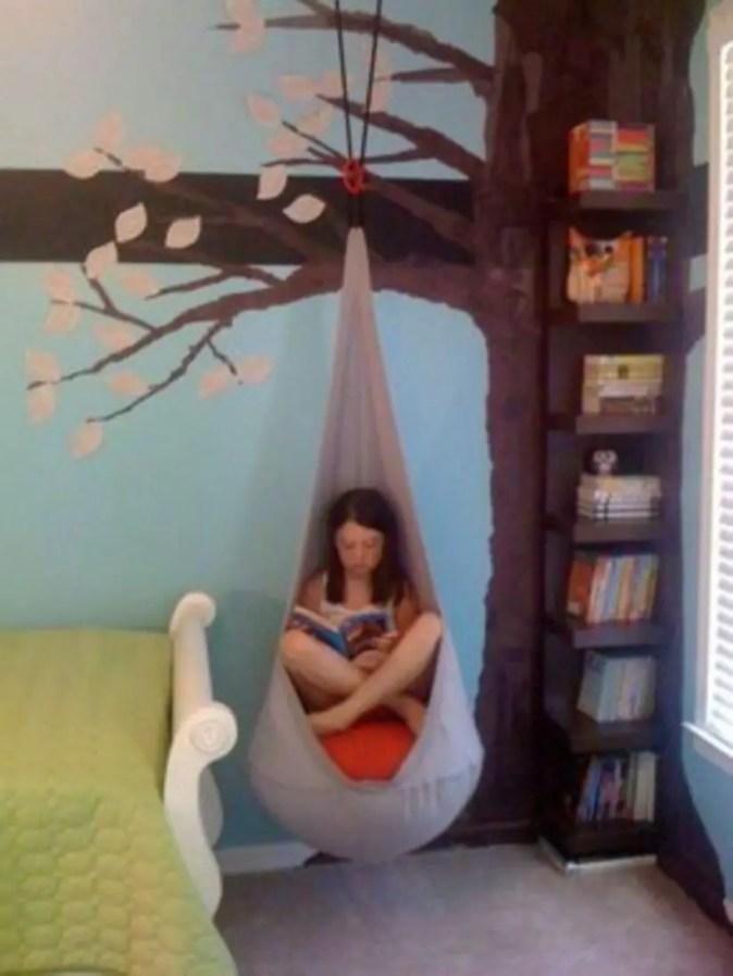 Stunning bookshelves ideas for bedroom decoration 37