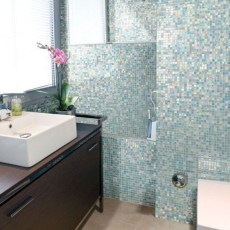 Stunning mosaic tiled wall for your bathroom 22