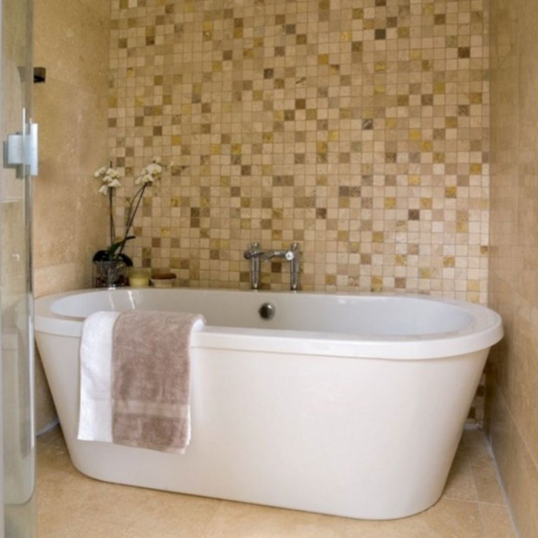 Stunning mosaic tiled wall for your bathroom 32