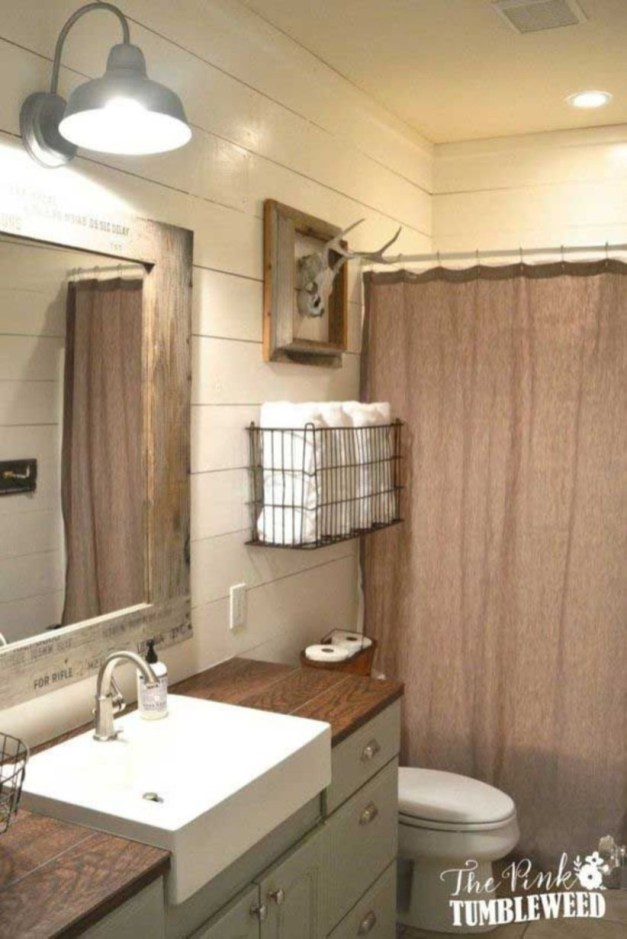 Stunning wood accents to refresh your bathroom 16