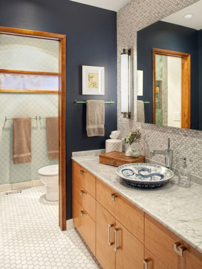 Stunning wood accents to refresh your bathroom 33