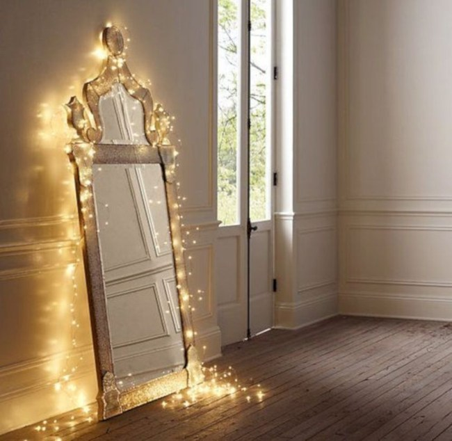 Twinkly ways to light up your home with christmas fairy light 23