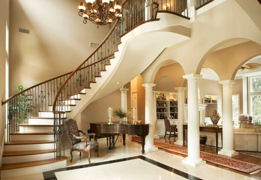 Ways to decorate with chandelier over the stairs 01