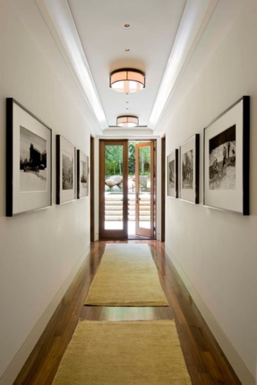 White wall and picture frames in hallway decorating ideas 26