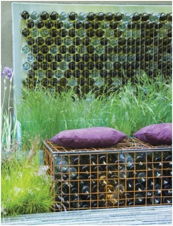 Junk-garden-art-seating-bench-gabion-old-glass-bottles-wall-decoration