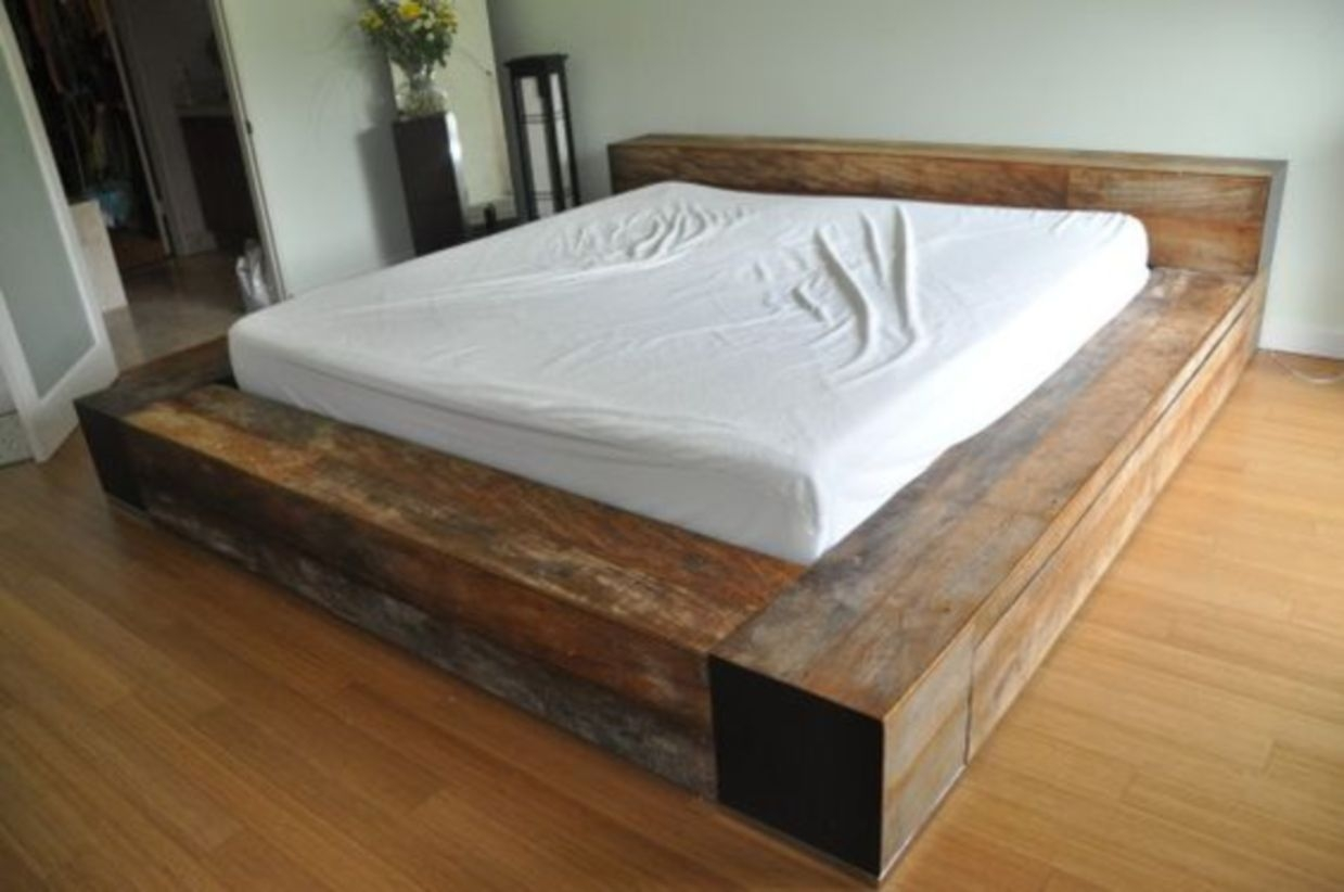 King size pallet bed frame with low headboard and comfy oversized mattress