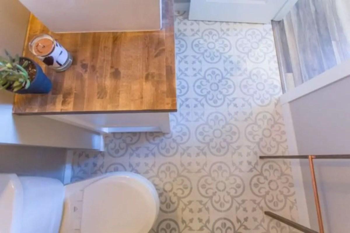 Modern farmhouse bathroom basement ideas