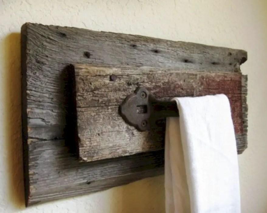 Rustic towel rack for bathroom