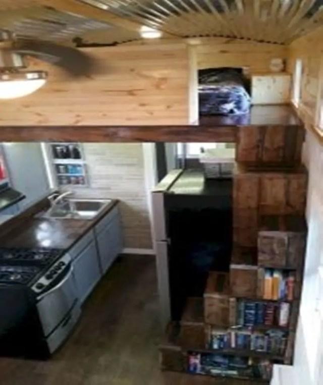 Amazing-loft-stair-for-tiny-house-ideas-11