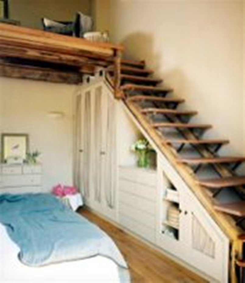 Amazing-loft-stair-for-tiny-house-ideas-6