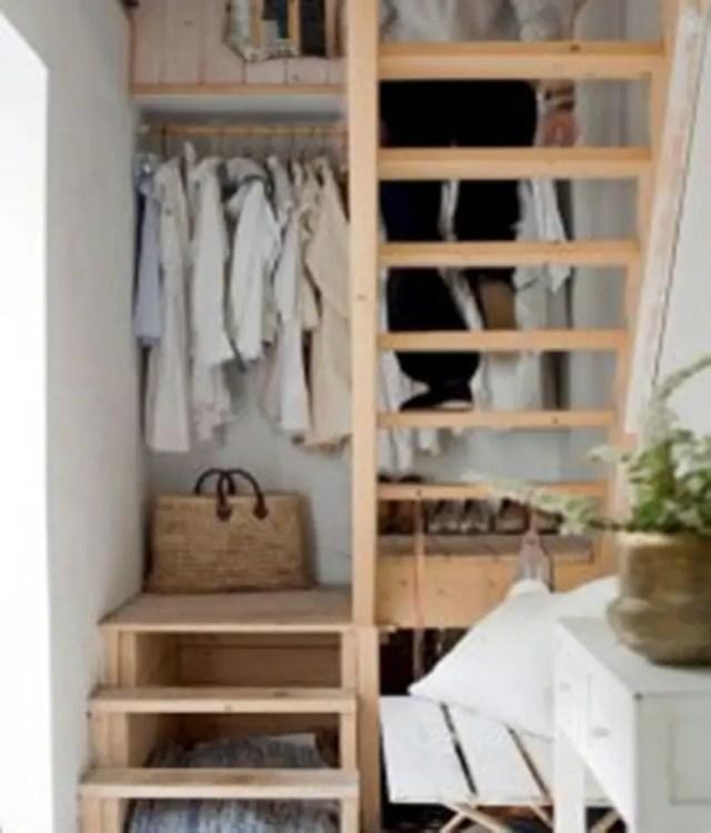 Amazing-loft-stair-for-tiny-house-ideas-7