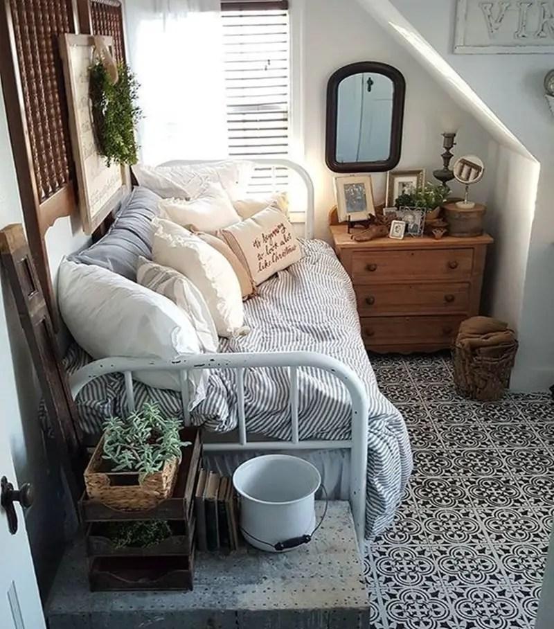 Dorm room 10