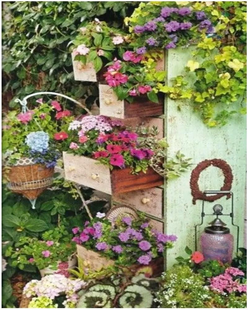 Vintage garden ideas 9