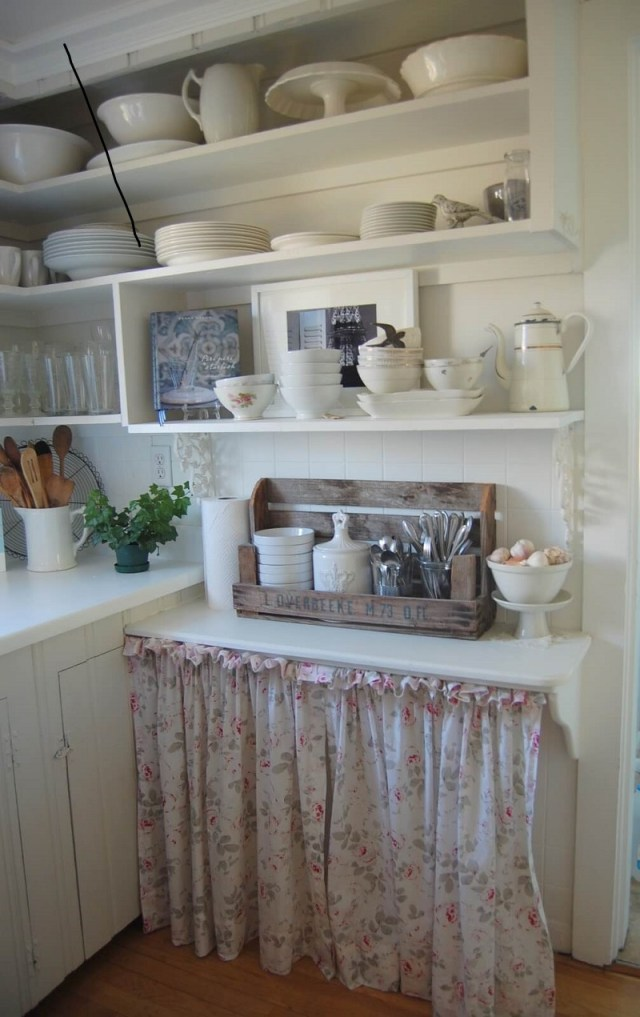 Soft floral cabinet curtain with ruffle top