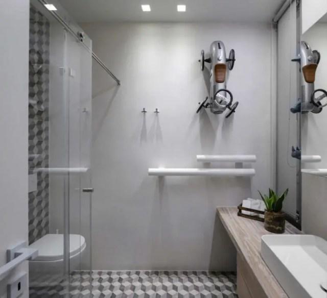 8. bathroom 2