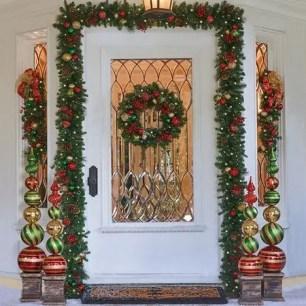 Adorable christmas porch décoration ideas 23