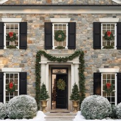 Adorable christmas porch décoration ideas 30