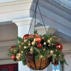 Adorable christmas porch décoration ideas 35