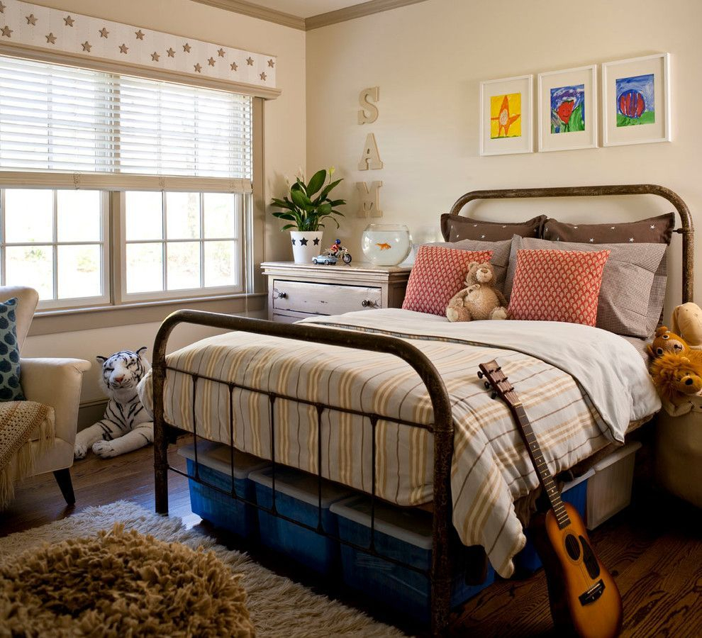 Classic and vintage farmhouse bedroom ideas 07